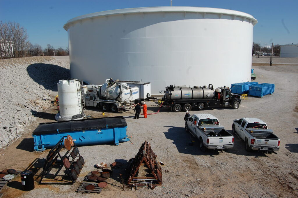 Internal Cleaning , Inspection , Repair And Painting Of Crude Oil Storage Tank